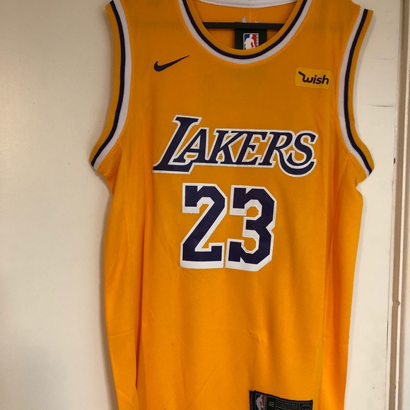 fd693d5ce15a LeBron James  23 Los Angeles Lakers Gold Jersey. NWT. Nike